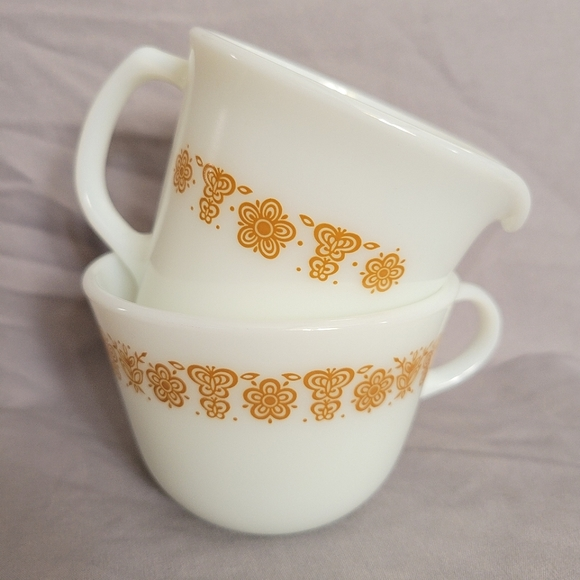 VTG Pyrex Butterly Gold Cup and Creamer